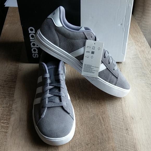 00c97142dc3345 NIB Adidas Daily 2.0 shoe